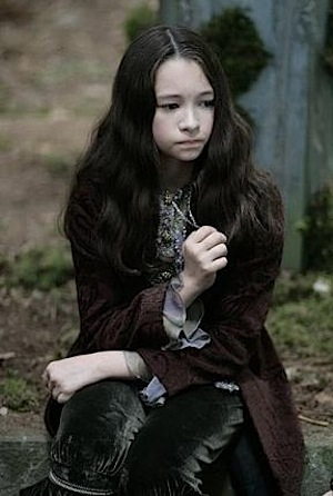 http://maniatwilight.files.wordpress.com/2009/08/jodelle-ferland-eclipse-bree.jpg
